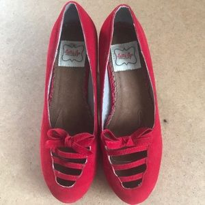 Bettie Page shoes - Red - Size 8.
